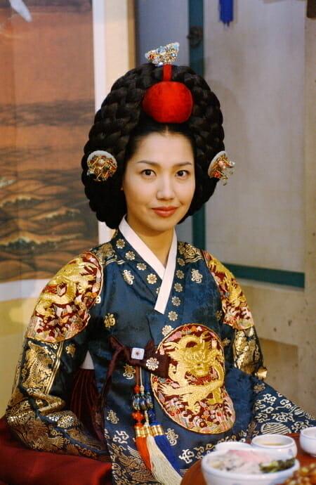 (C)NHK『チャングムの誓い』文定大妃